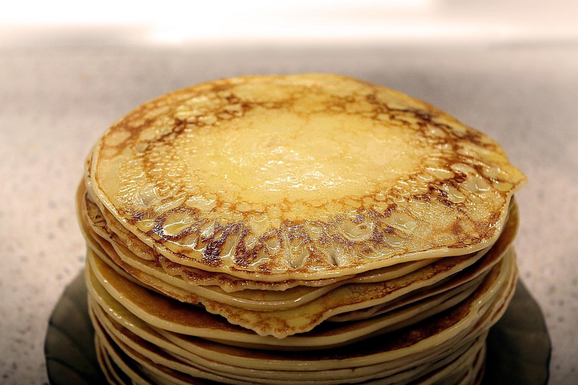 olive oil pancakes are healthier and fluffier